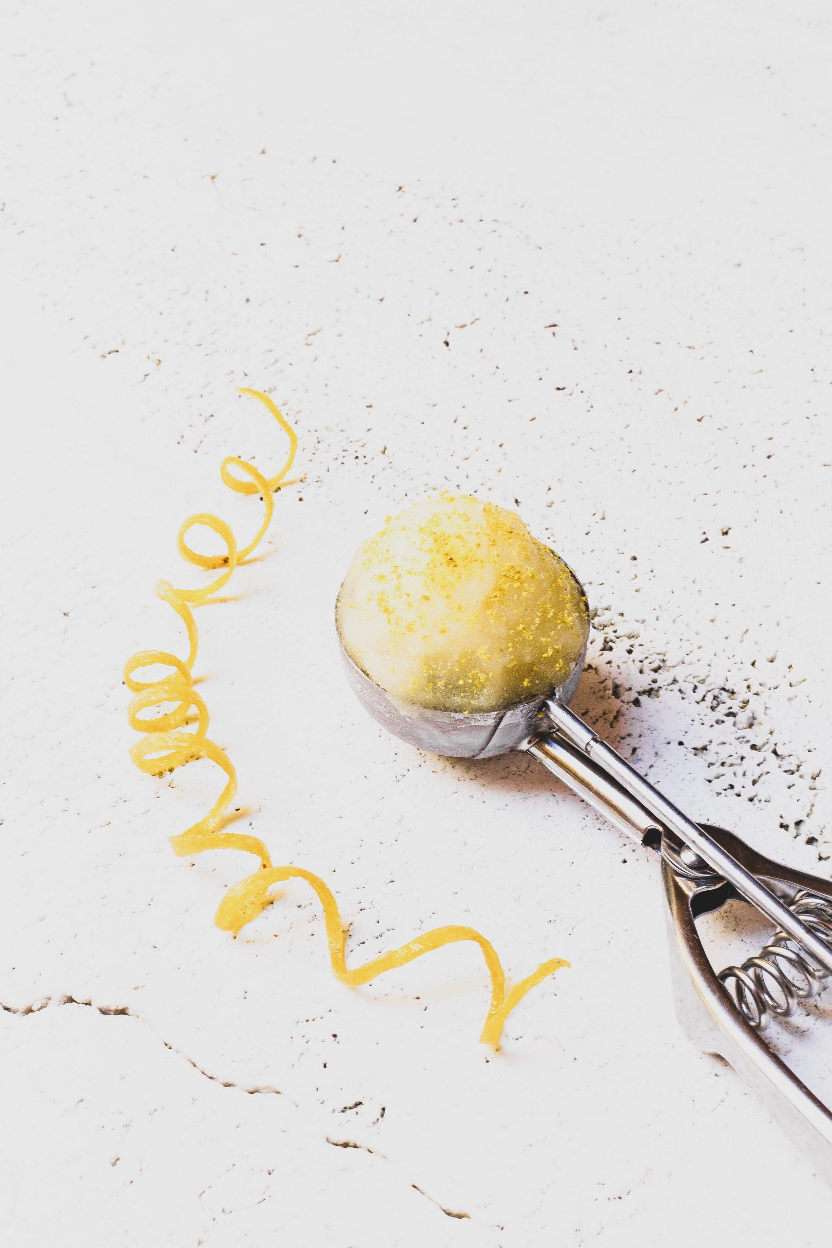 Helado de miel y limón