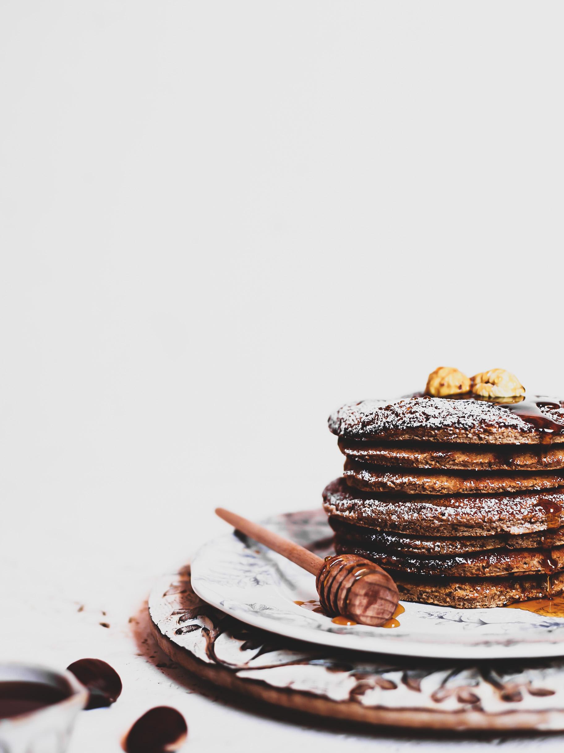 Pancakes con harina de castaña y miel de castaña